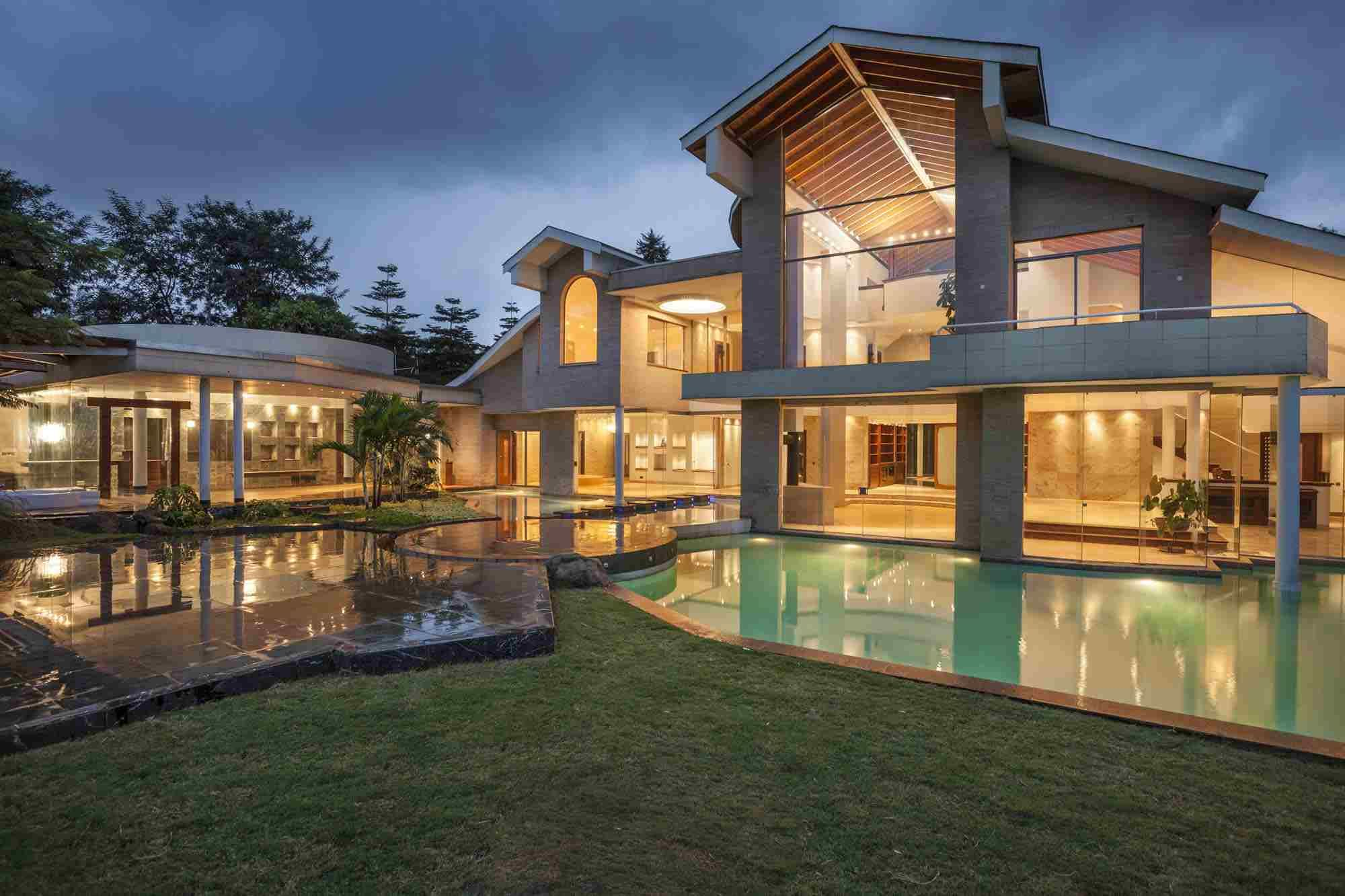 Tour of an ultra luxurious mansion in nairobi kenya httpafricanluxurymag