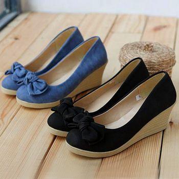 1000  images about Shoes on Pinterest   Peep toe wedges, Platform ...