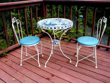 Nautical Mosaic Bistro Set. WANT!