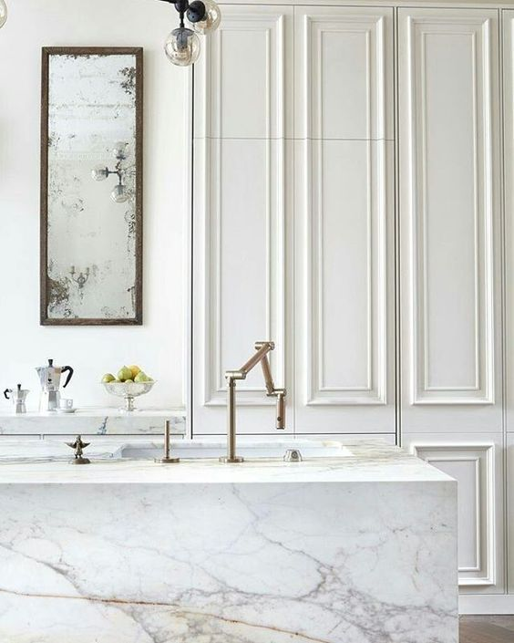 Boiserie i like you boiserie wall covering d co for Faccende domestiche in inglese