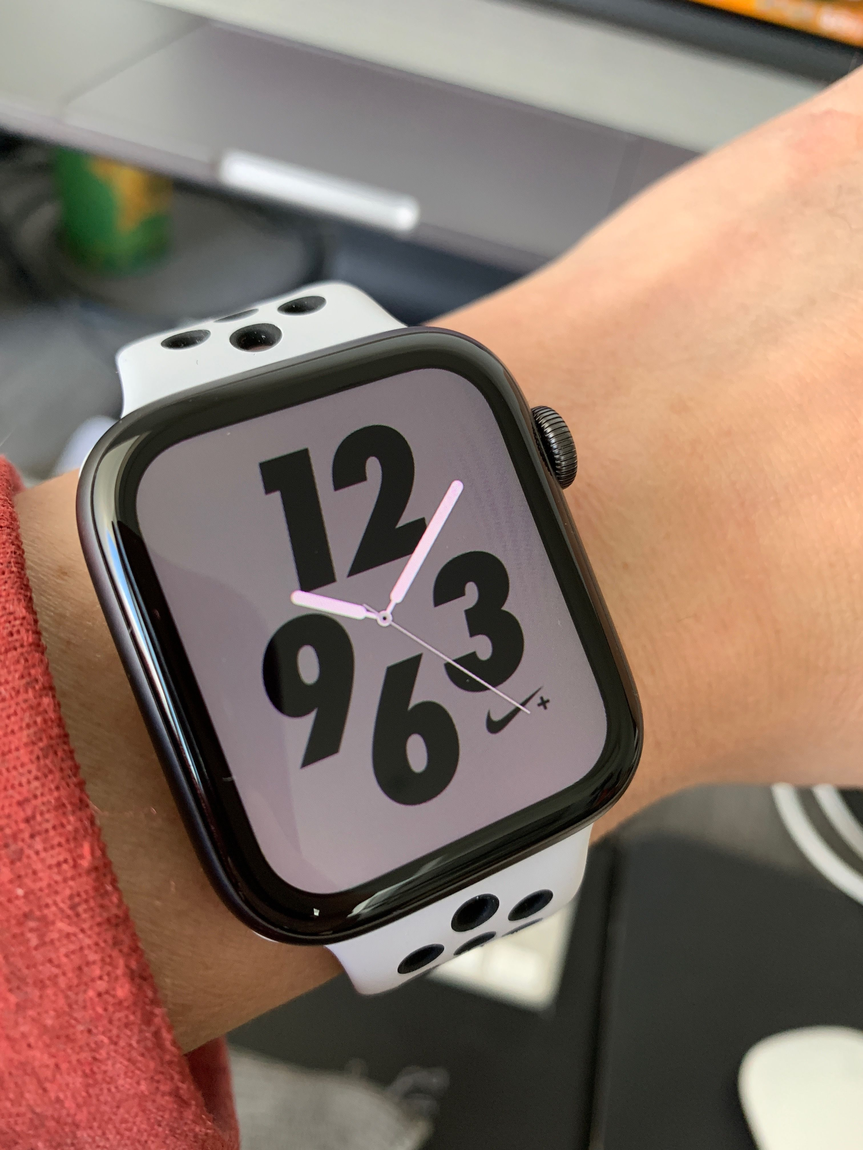 Orden alfabetico escarabajo respirar  Apple Watch Nike+ ⌚️Series 4 | Apple watch nike, Apple watch, Buy apple  watch