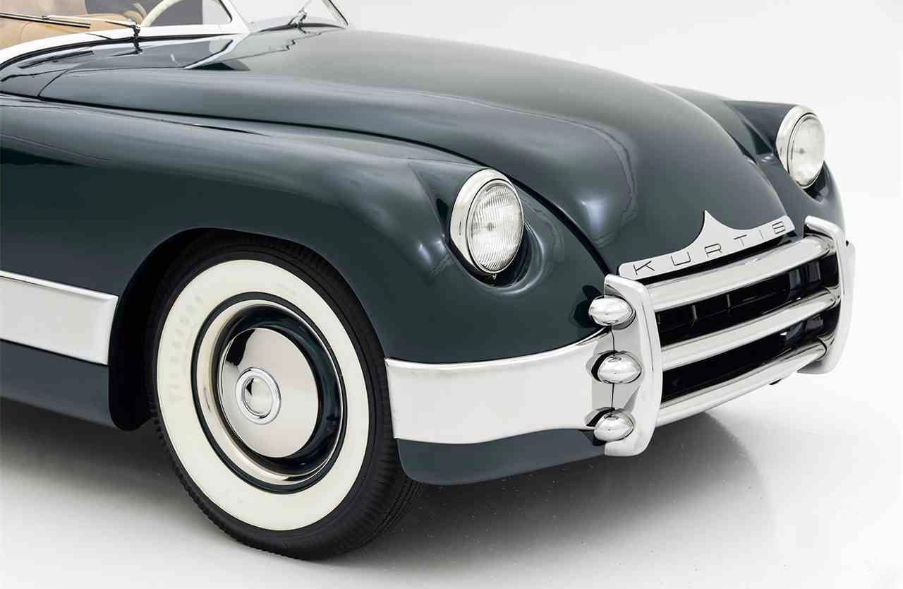 Recordsetting, and stylish, too Collector cars, Sports