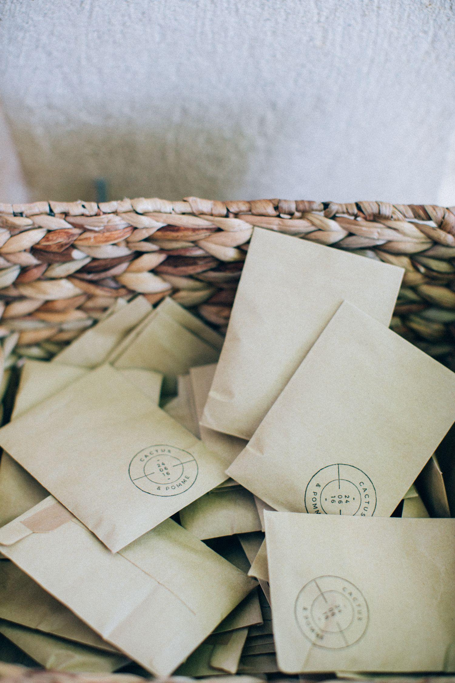 Sachets de Lavande par Atelier Blanc Organisation et Décoration Photographie Ingrid Lepan Tampon Graphikkart