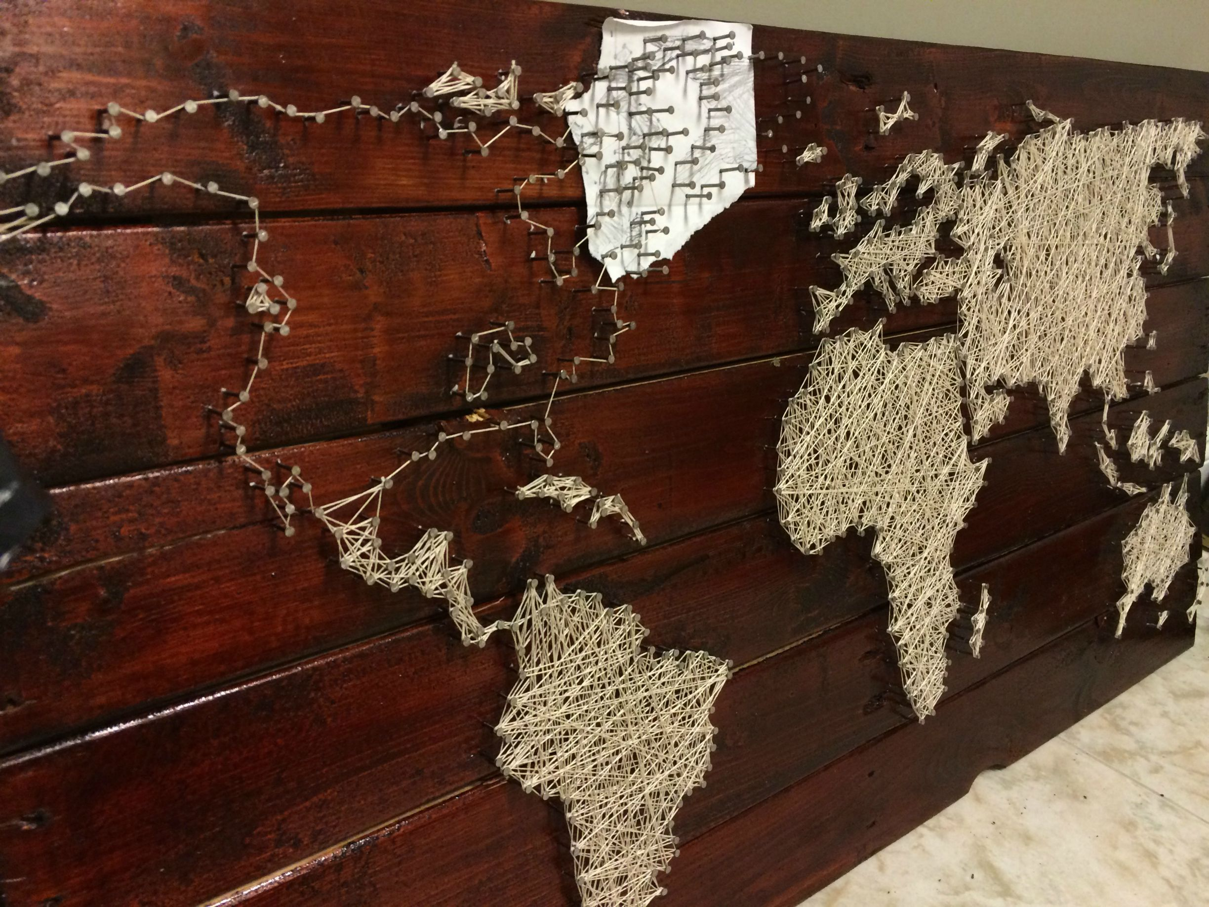 Pallet project - string and nail world map | Art Head | String Art ...