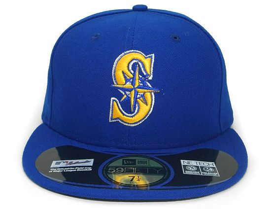 fcb9a6d4a61 Gold Canterbury Bulldogs 59Fifty Fitted Baseball Cap by Custom NEW ERA x NRL