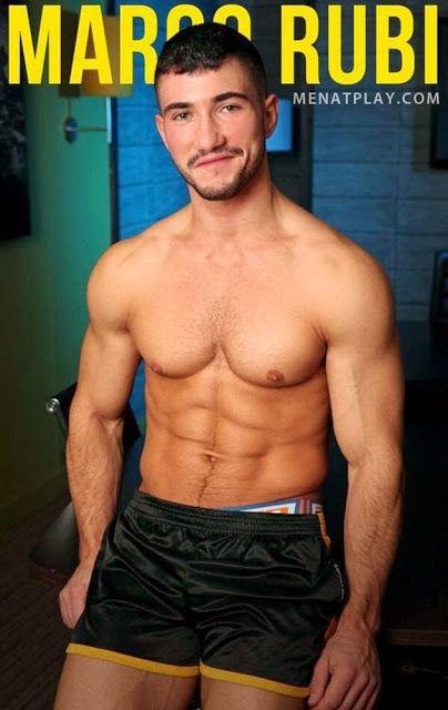 Gay nude pics pics 35