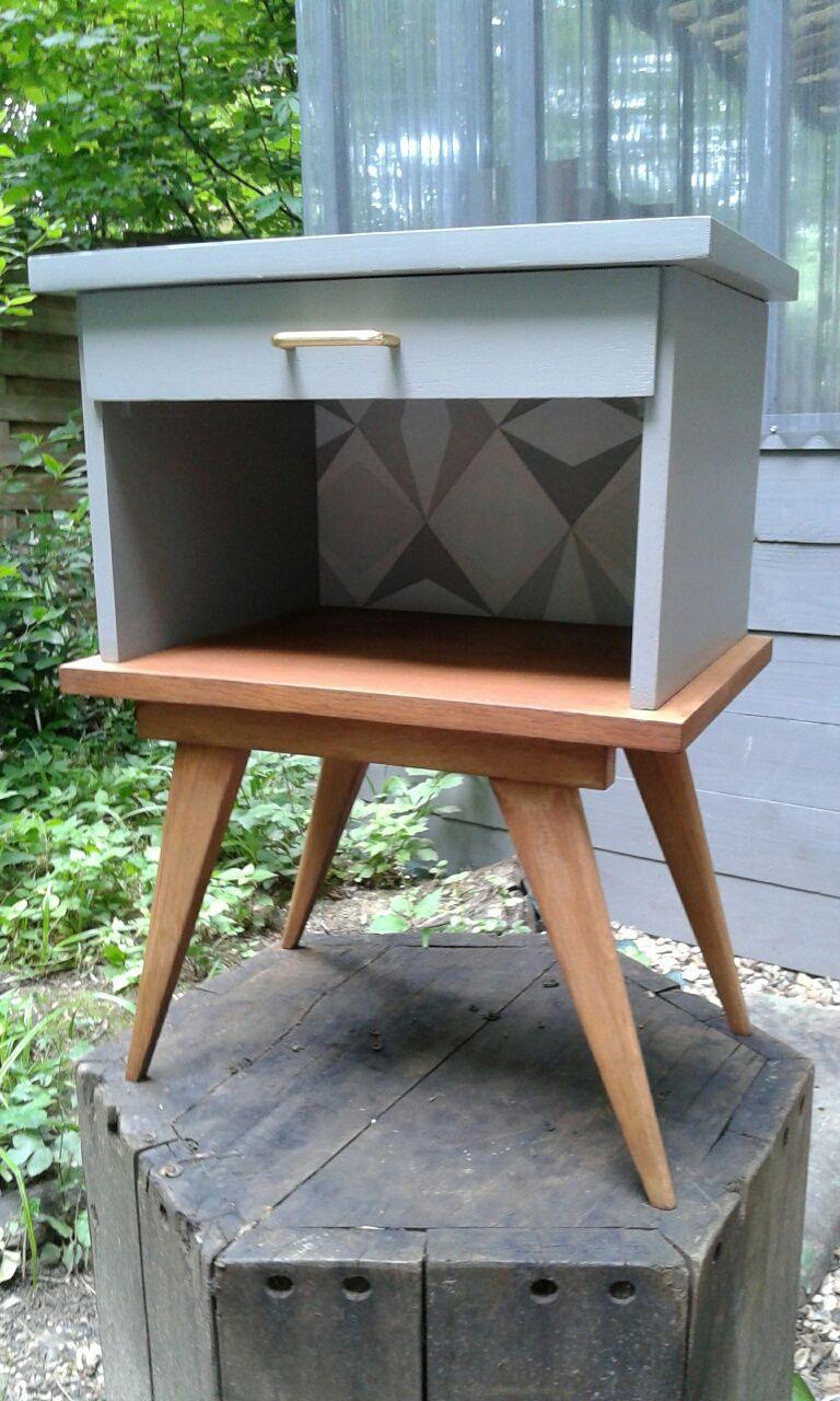chevet vintage relook par madame o 39 range metalic www. Black Bedroom Furniture Sets. Home Design Ideas