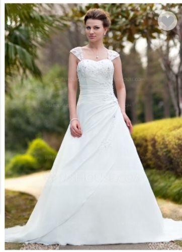 BRAND NEW Wedding Gown Size US 12