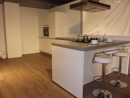 Ontwerp keuken keuken schiereiland afzuigkap bij de bar bar aan zijkant gesloten keuken - Ontwerp keuken bar ...