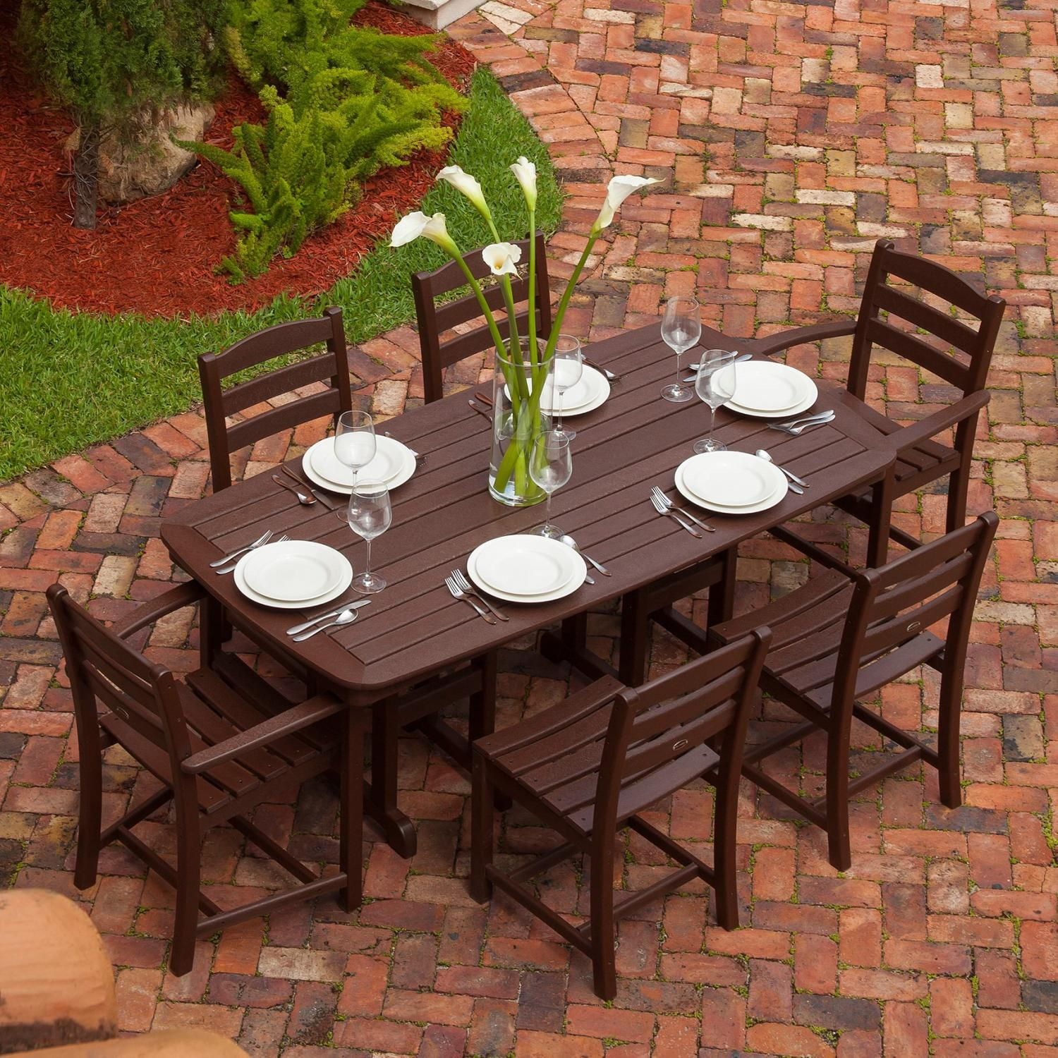 La Casa Cafe 7 Piece Mahogany Recycled Plastic Wood Patio Dining