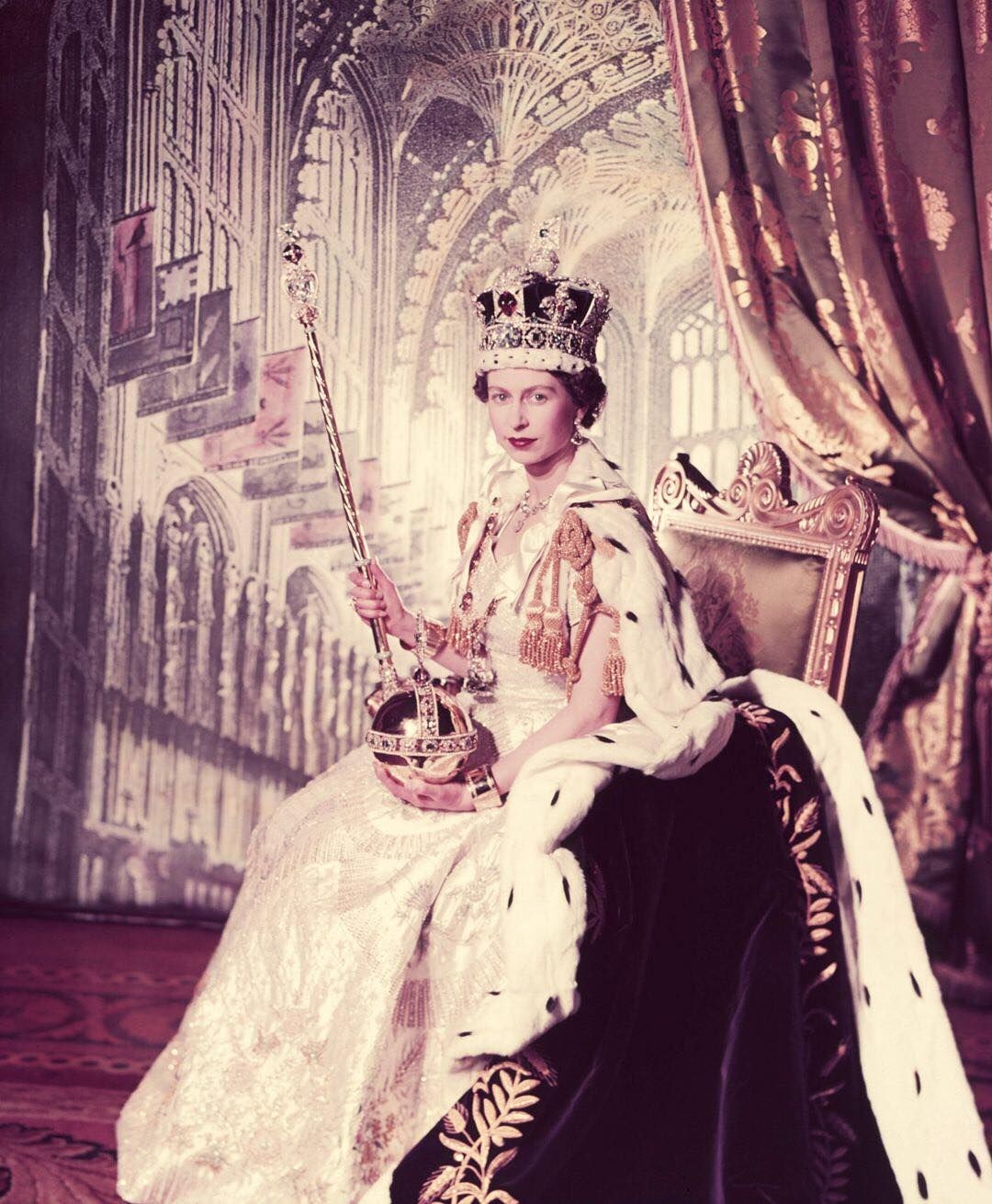 Today Marks The 65th Anniversary Of Queen Elizabeth S Coronation The Longest Reigning Monarch In Briti Elizabeth Ii Queen Elizabeth Queen Elizabeth Ii Fashion