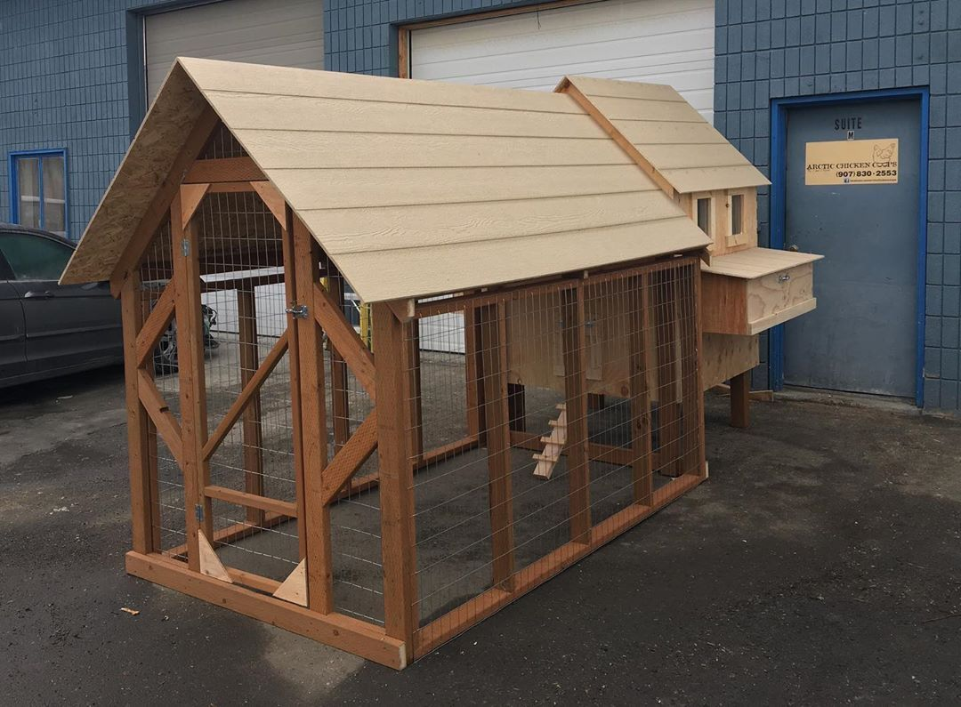 Chicken Coop How To Keep Chickens Out Of Garden Chickens Backyard Chicken Coop Poultry House Backyard chicken house designs