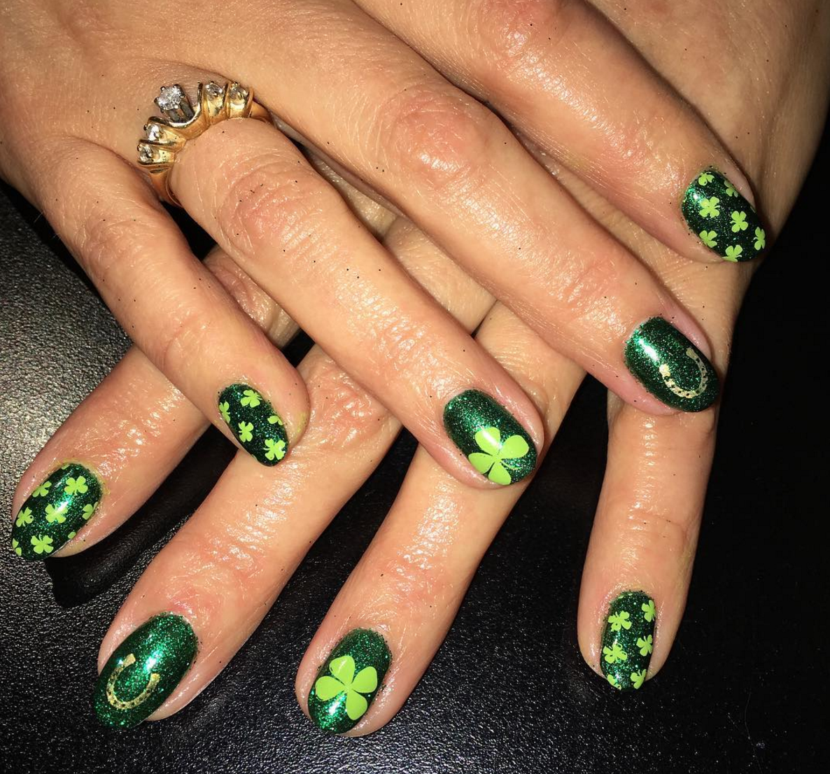 18 Unique St. Patrick\'s Day-Inspired Nail Ideas