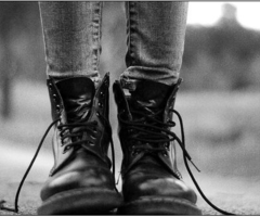 love these boots w/ skinny jeans~