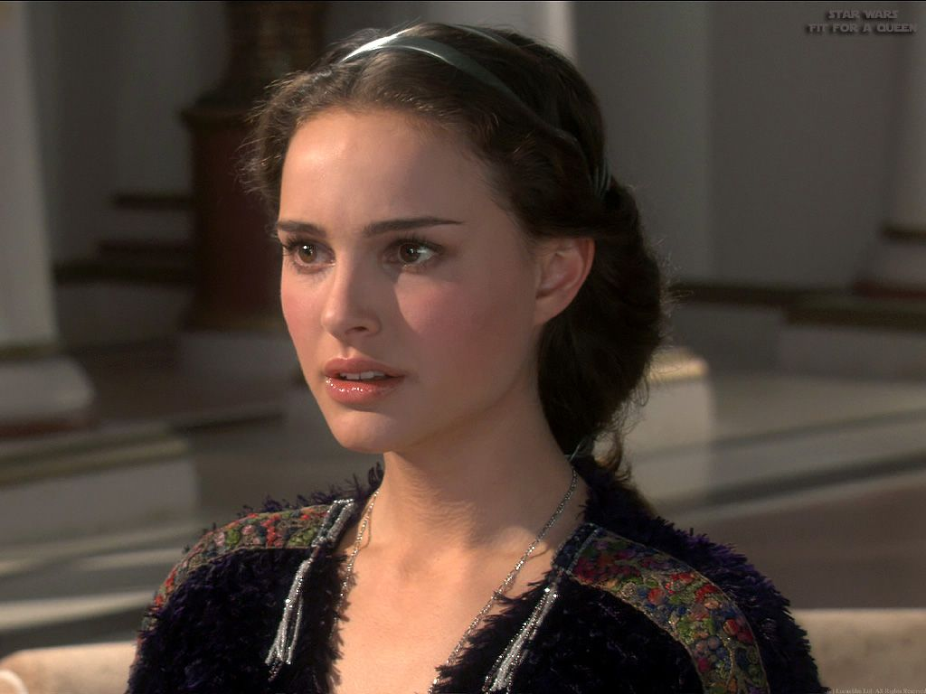 Senator Amidala Star Wars Episode Iii Revenge Of The Sith Natalie Portman Star Wars Natalie Portman Star Wars Padme