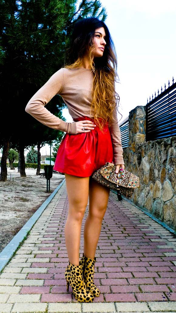 62fcc701e25 Zara red leather skirt