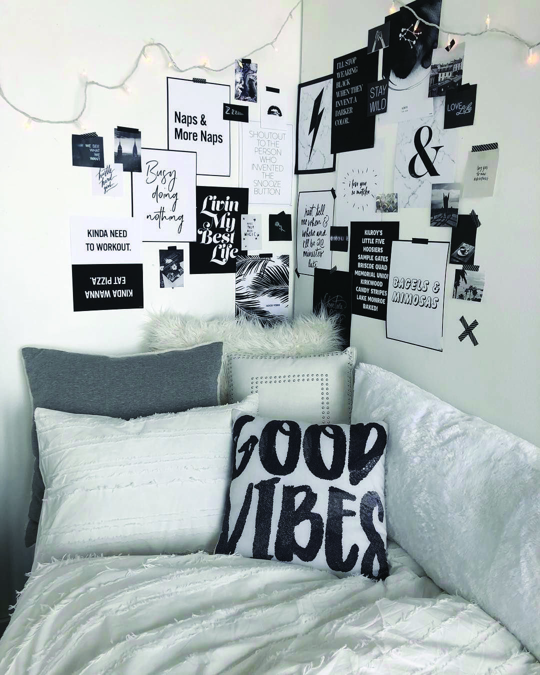 4 Measures To Creating The Utmost Black And White Bedroom Homes Tre White Room Decor Cute Dorm Rooms Dorm Room Decor