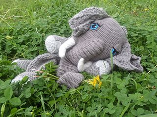 Ellie May the Elephant Blankie pattern by Jenna Wingate