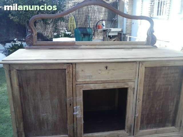 Hola disponemos de varios muebles antiguos para vender for Muebles antiguos en sevilla