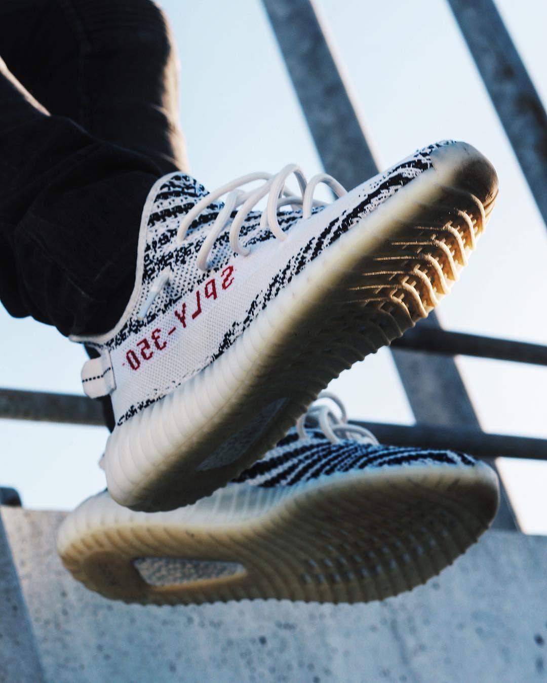 whiteoptix  adidas yeezy boost 350 v2 zebra sneaker