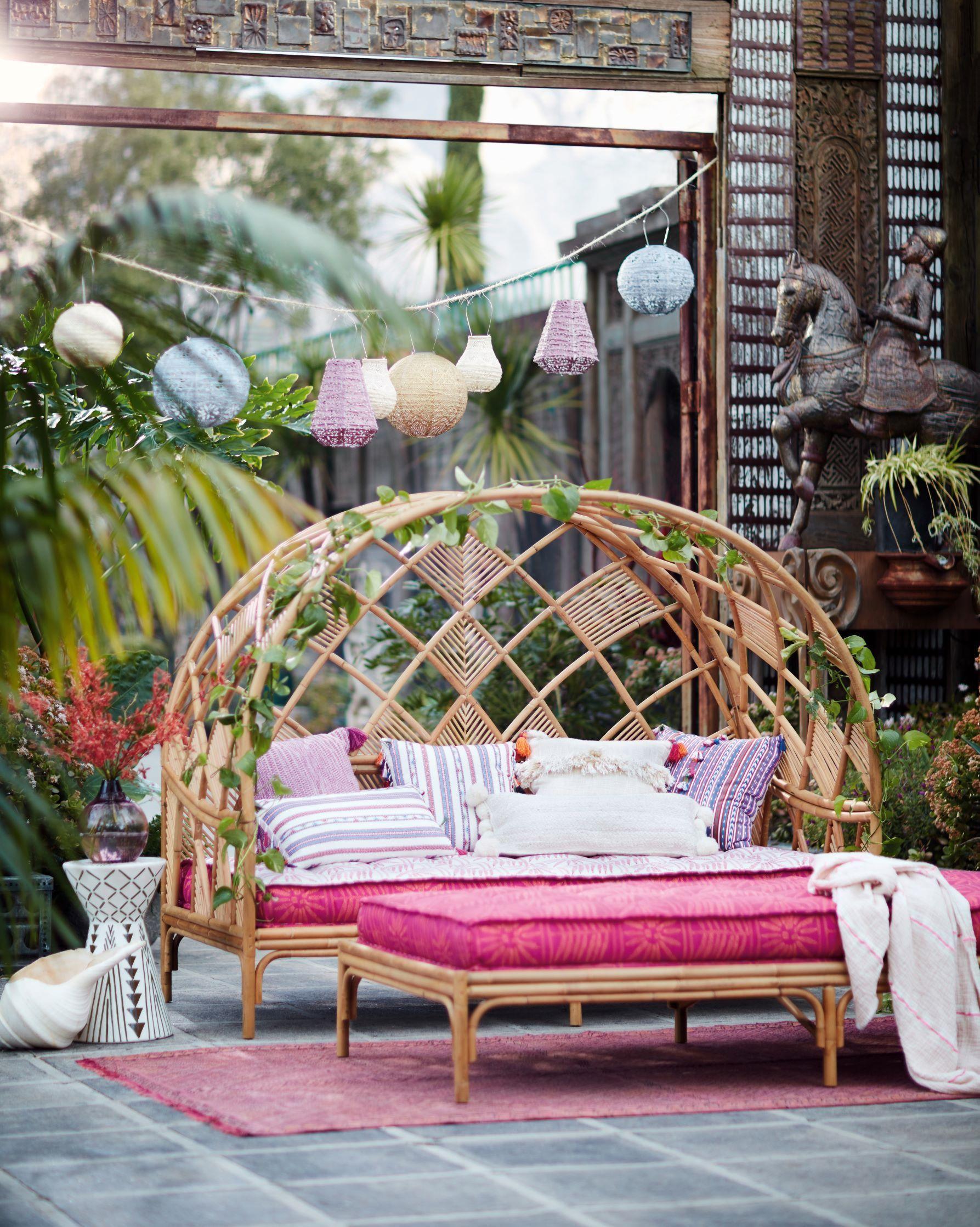 Peacock Cabana Indoor/Outdoor Daybed | Outdoor daybed ... on Living Spaces Outdoor Daybed id=83126
