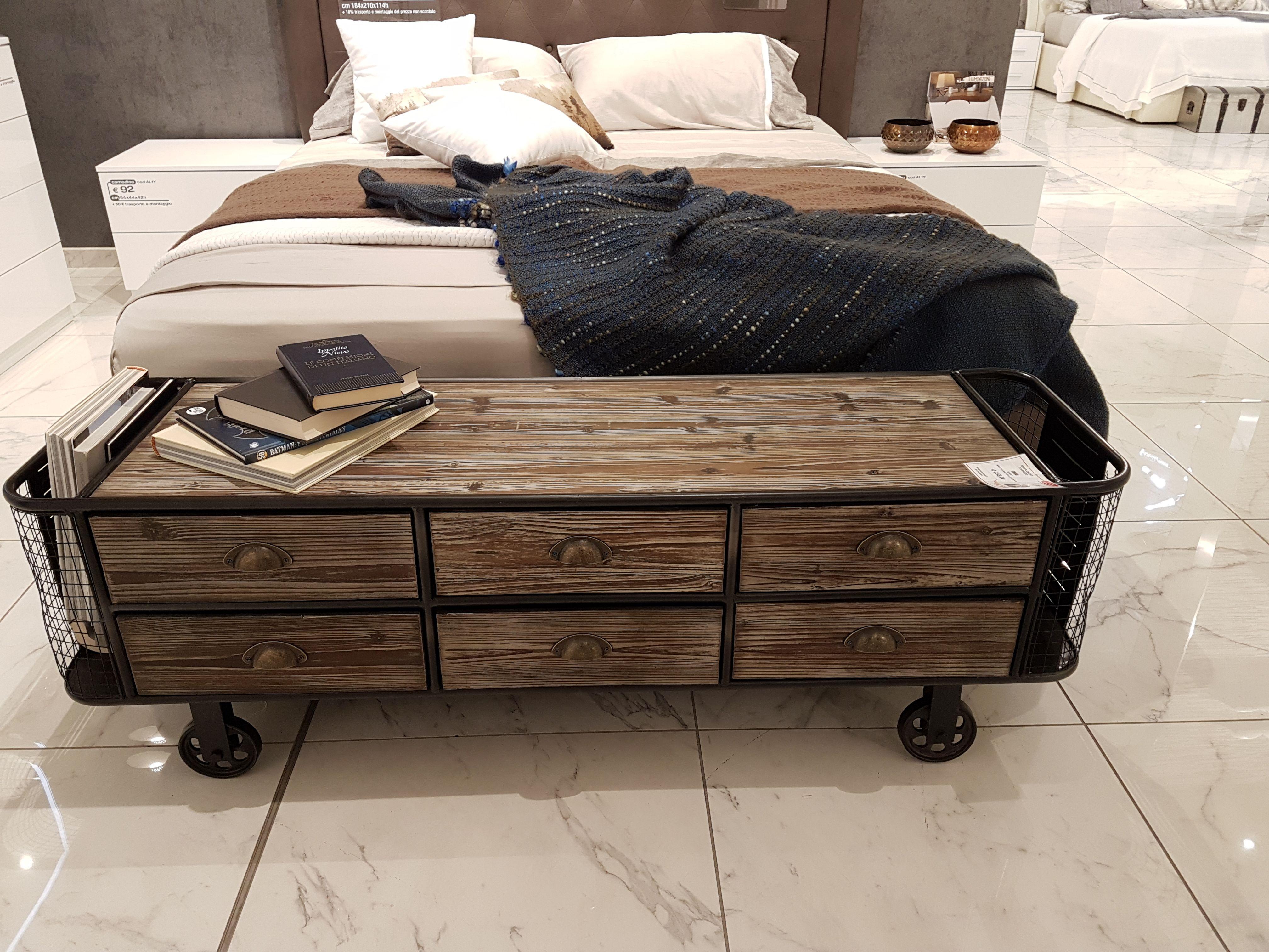 Come arredare una camera da letto piccola casa oggi for Arredare una camera da letto piccola