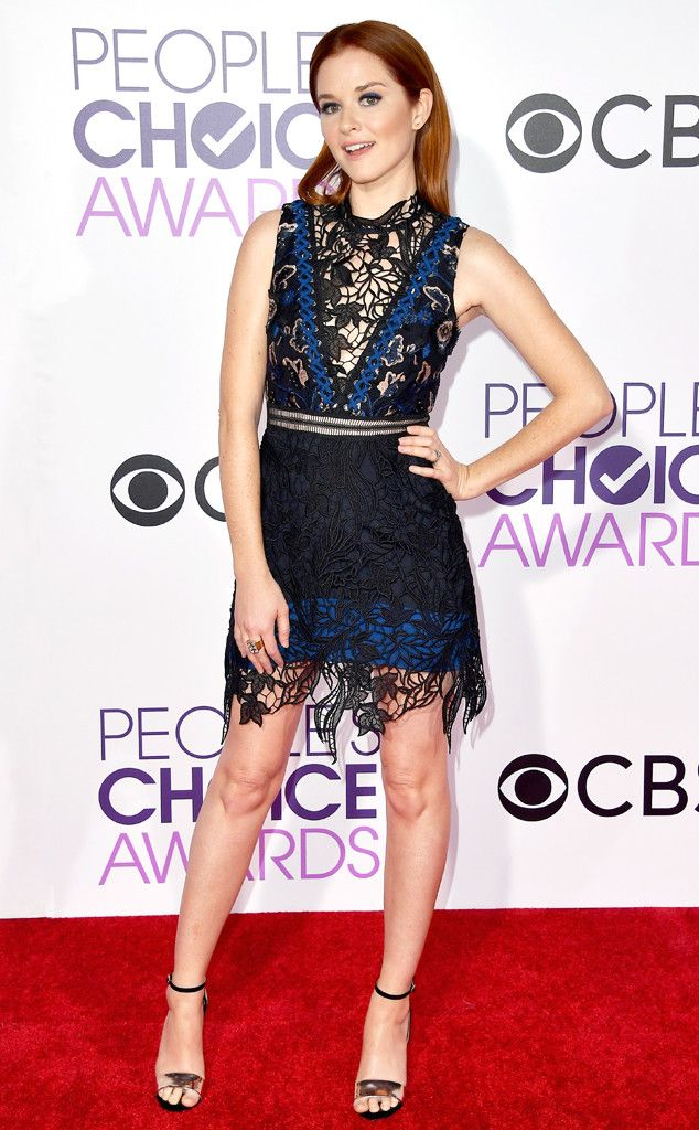 Sarah Drew From Peoples Choice Awards 2017 Red Carpet Arrivals