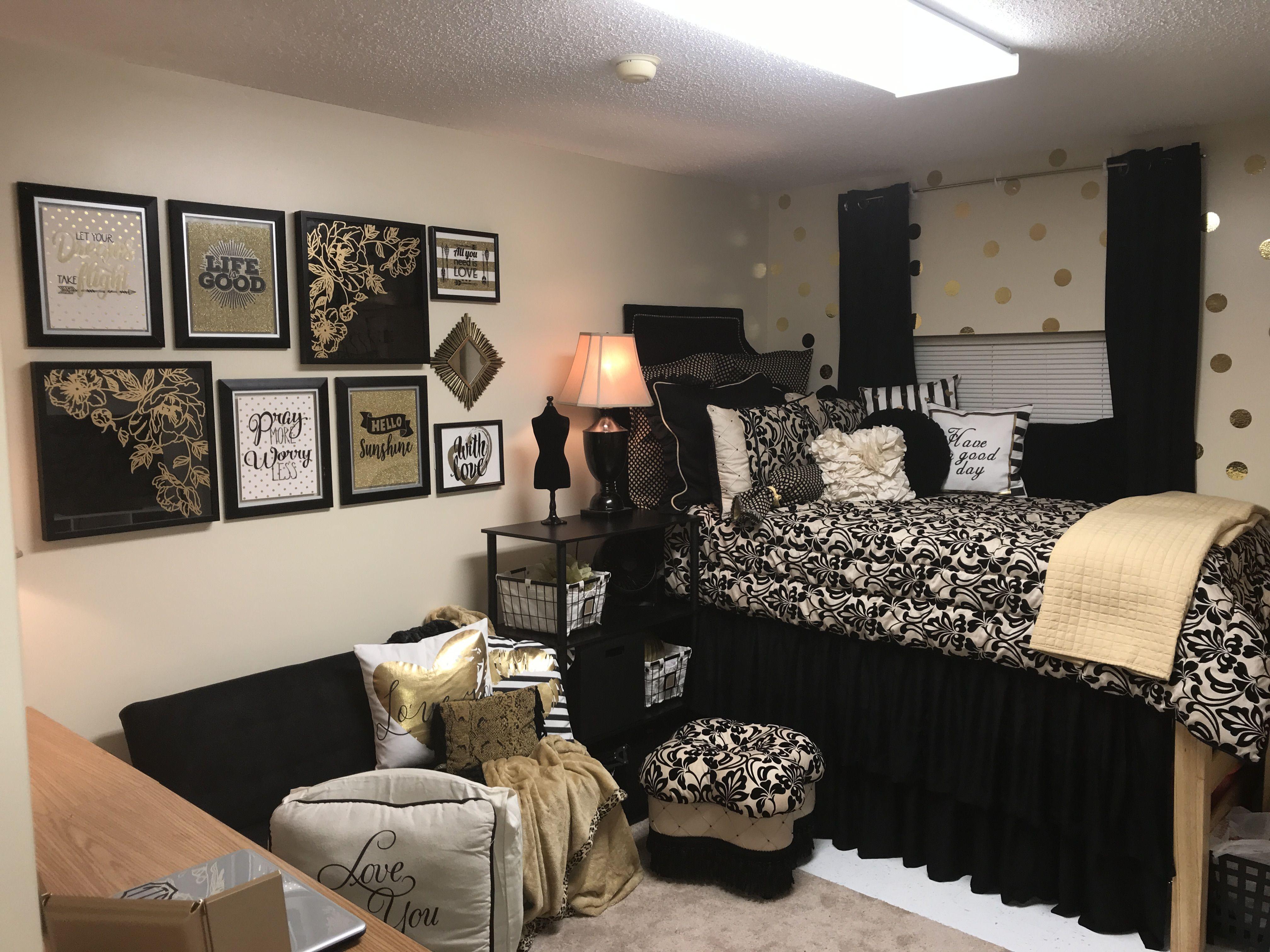 Dorm Room Tour 2018 Ncat Dorm Room Wall Decor College Living Rooms College Living Room Decor