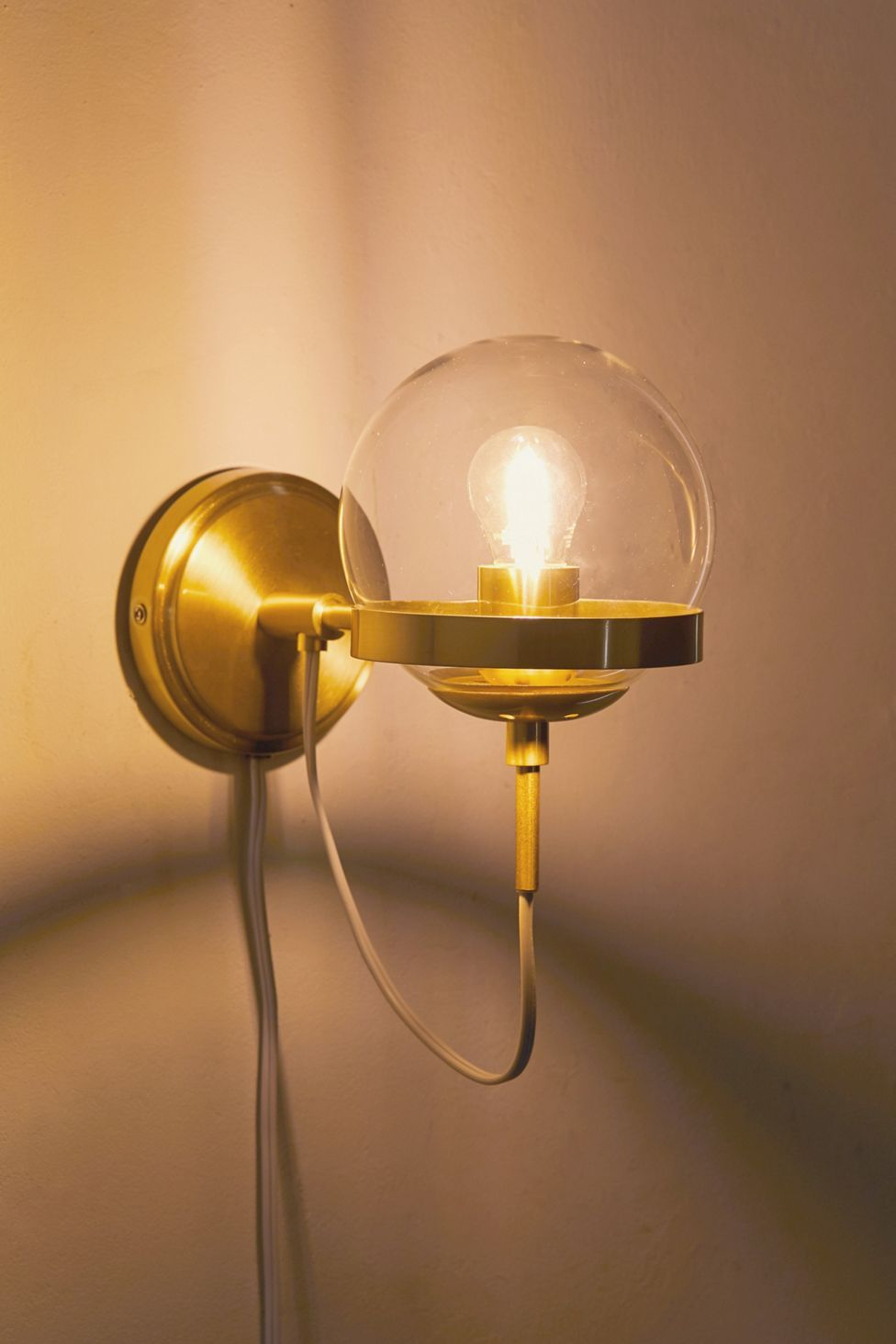 Giuliana Globe Sconce Urban Outfitters Globe Sconce Sconces Sconce Lamp
