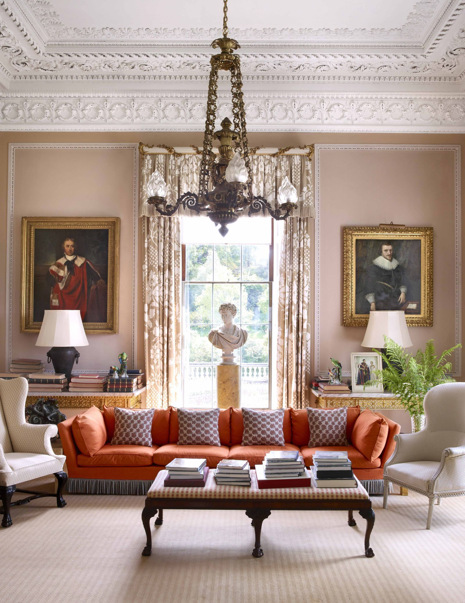 living room suites northern ireland corner tv table designs for tour a legendary manor in the home decor elledecor com