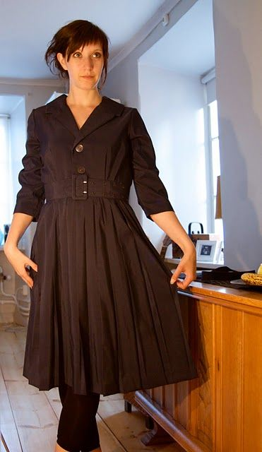 Dark blue with pleating