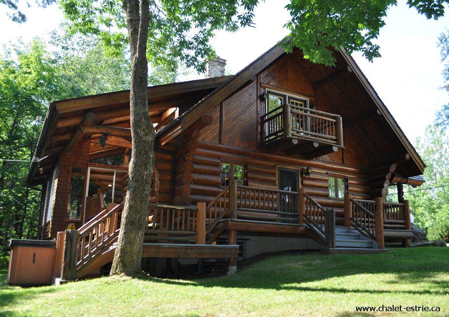 Magnifique chalet en bois rond typiquement québécois situé à orford httpwww chalet orford ca