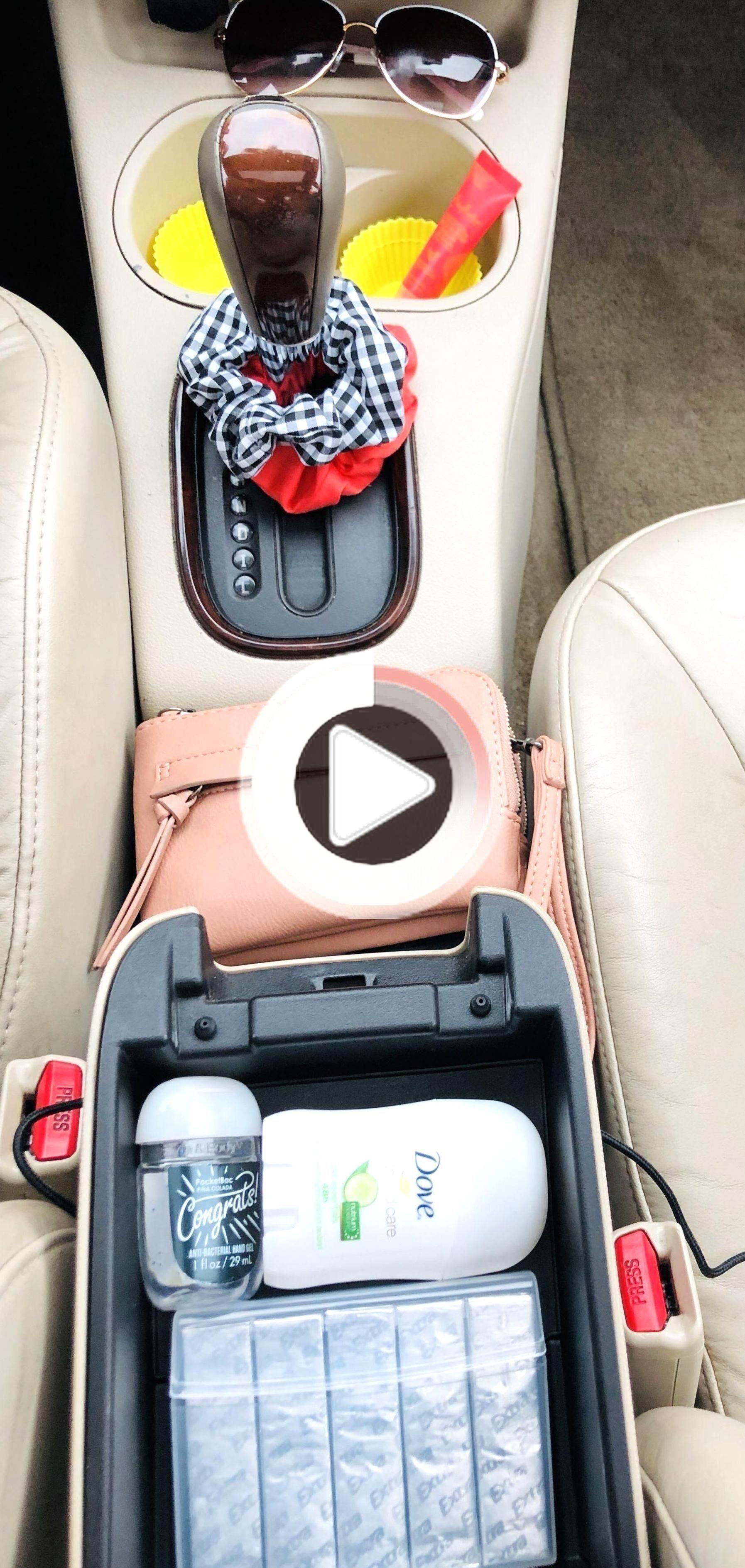 """Kaufen Sie dieses von """"FIAT 500 Abarth - Süßes kleines italienisches Stadtauto"""" inspirierte Kunstwerk als Aufkleber, iPhone-Hülle, iPad-Hülle, Decke, Kissen, Untersetzer, Tasche, T-Shirt, Kleid, Hoodie, Notizbuch, Postkarte, Becher, Reißverschlusstasche , Kunstdruck sowie viele andere Produkte. / Schauen Sie sich auch unsere sozialen… • Millionen einzigartiger Designs von Indep"""