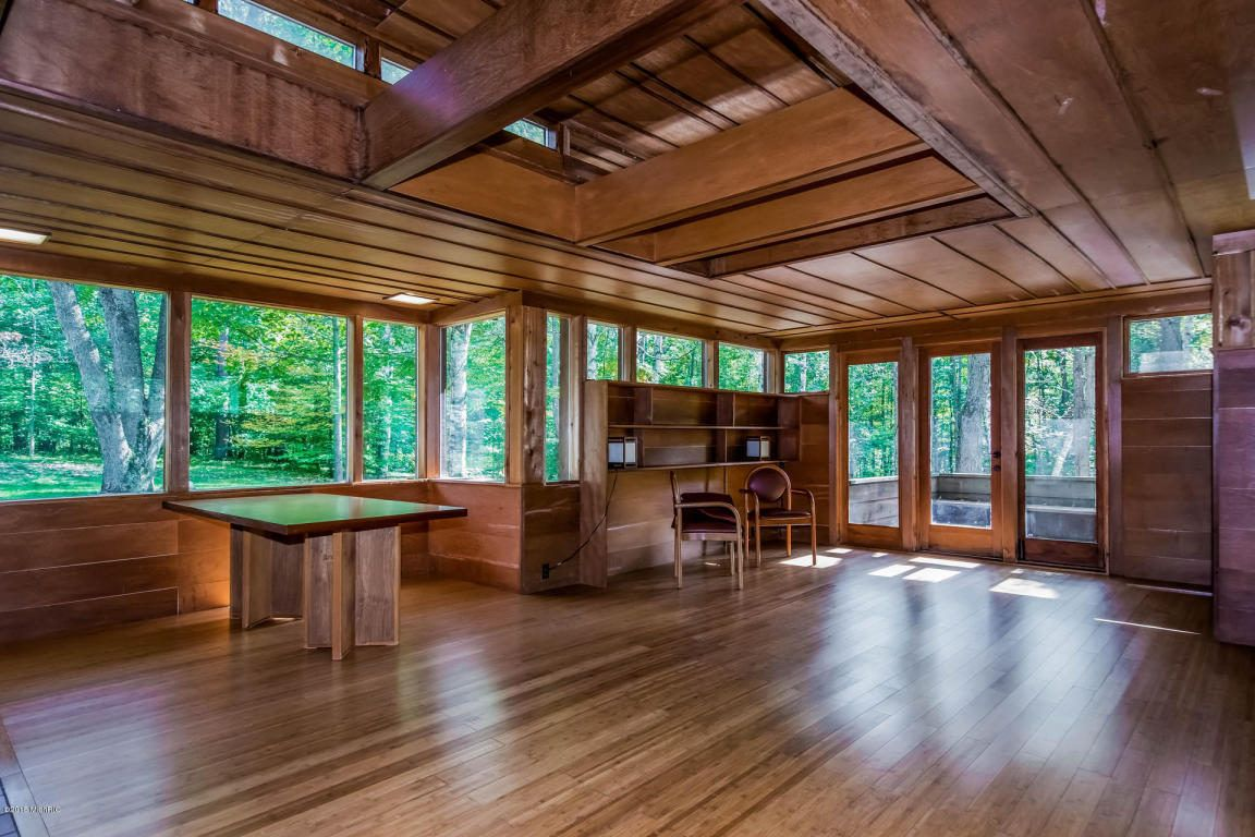 Stellar Frank Lloyd Wright-Inspired Michigan Home Asks $300K - House of the Day - Curbed National