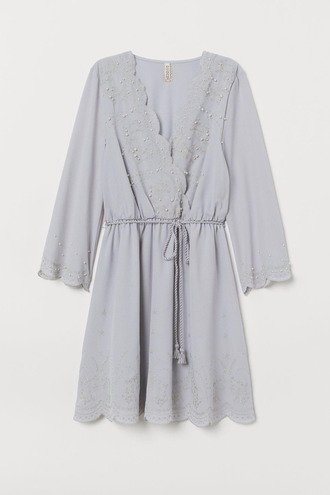 Kleid mit Stickereien (mit Bildern)  Kleider, Chiffon kleid