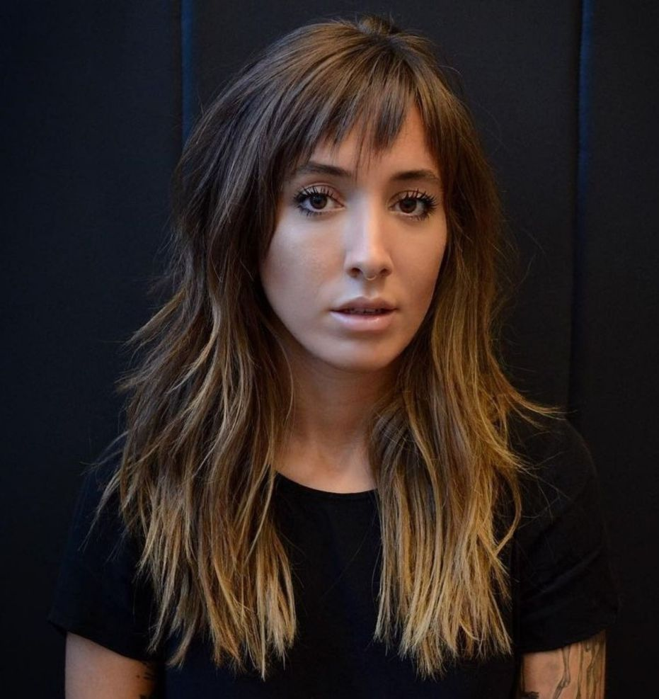 60 Lovely Long Shag Haircuts For Effortless Stylish Looks In 2020 Long Shag Haircut Long Hair With Bangs Haircuts For Long Hair