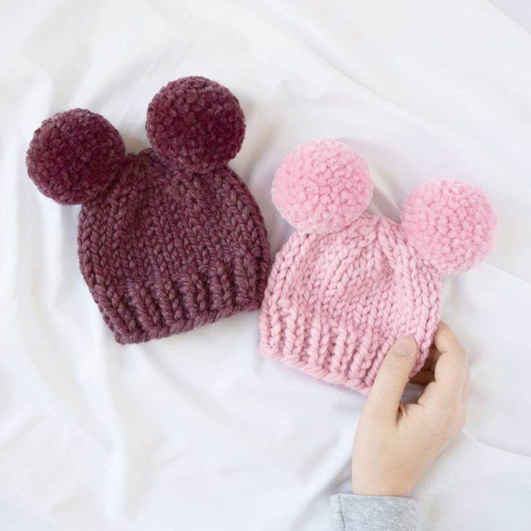 How to knit a double pom pom hat