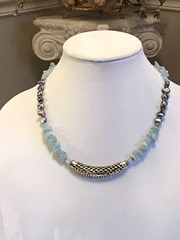 Black 10mm Glass Pearl Princess Necklace /& Earrings Set