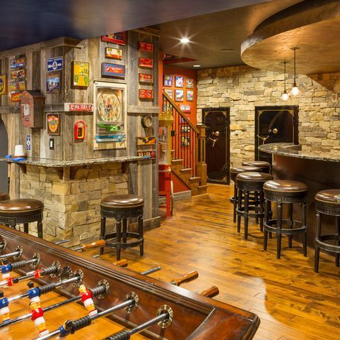 basement bar rustic  Гараж интерьер Дизайн паб