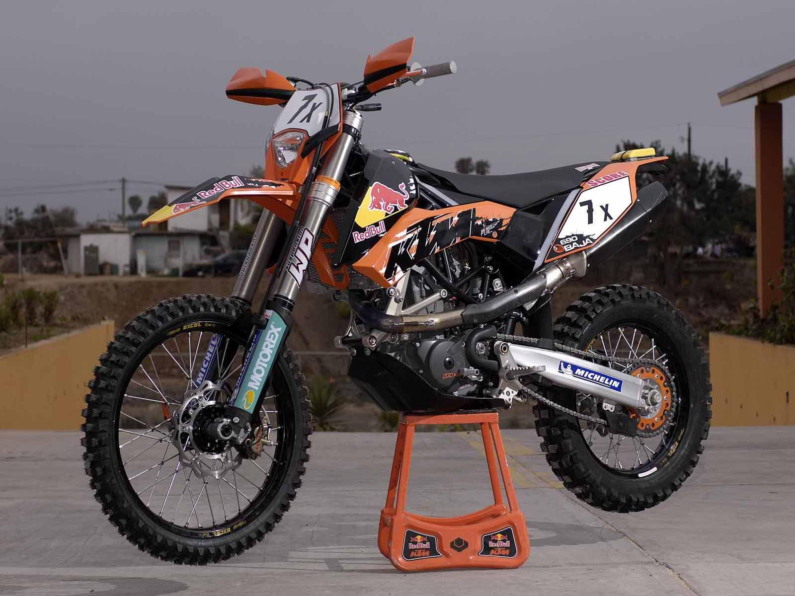 ac1dd94b0ad TRICK! KTM 690 Enduro. Anyone know what exhaust and heatshield that ...
