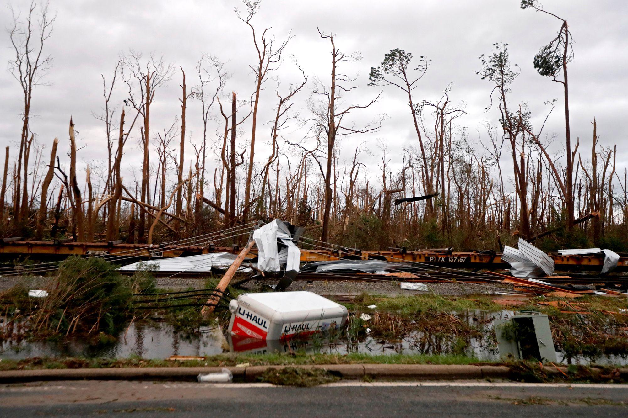At Least 2 Dead Including Child After Hurricane Michael Slams Florida Weakens Over Georgia Panama City Panama Path Of Destruction Hurricane