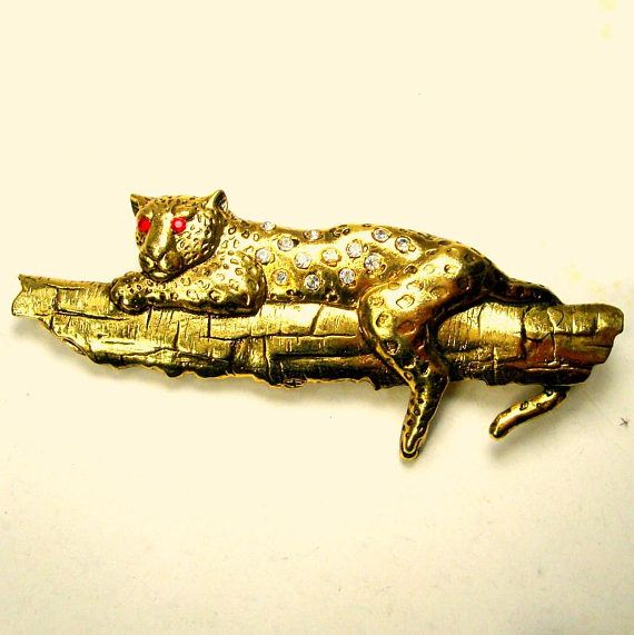 Awesome Leopard Up A Tree Pin Vintage Rhinestone JJ Style Great Cat