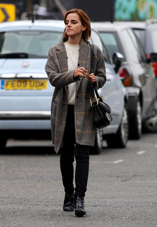 Emma Watson Street Style Google Search Emma Watson Outfits Emma Watson Style Emma Watson Style Casual