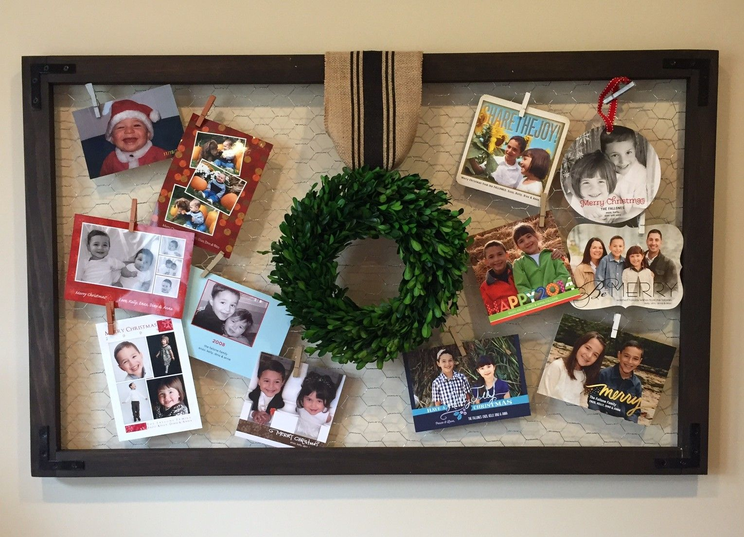 Chicken Wire Christmas Card Display | Holiday Projects | Pinterest ...