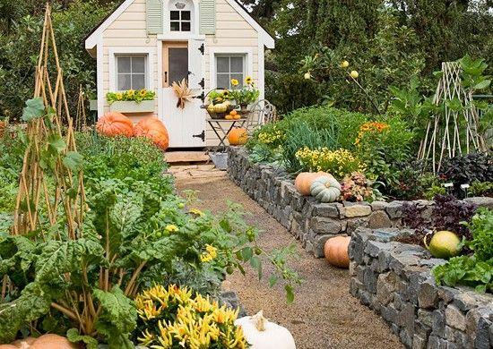 Garten idee  spielhaus im garten idee kürbis sonnenblume | Gartenhaus | Pinterest