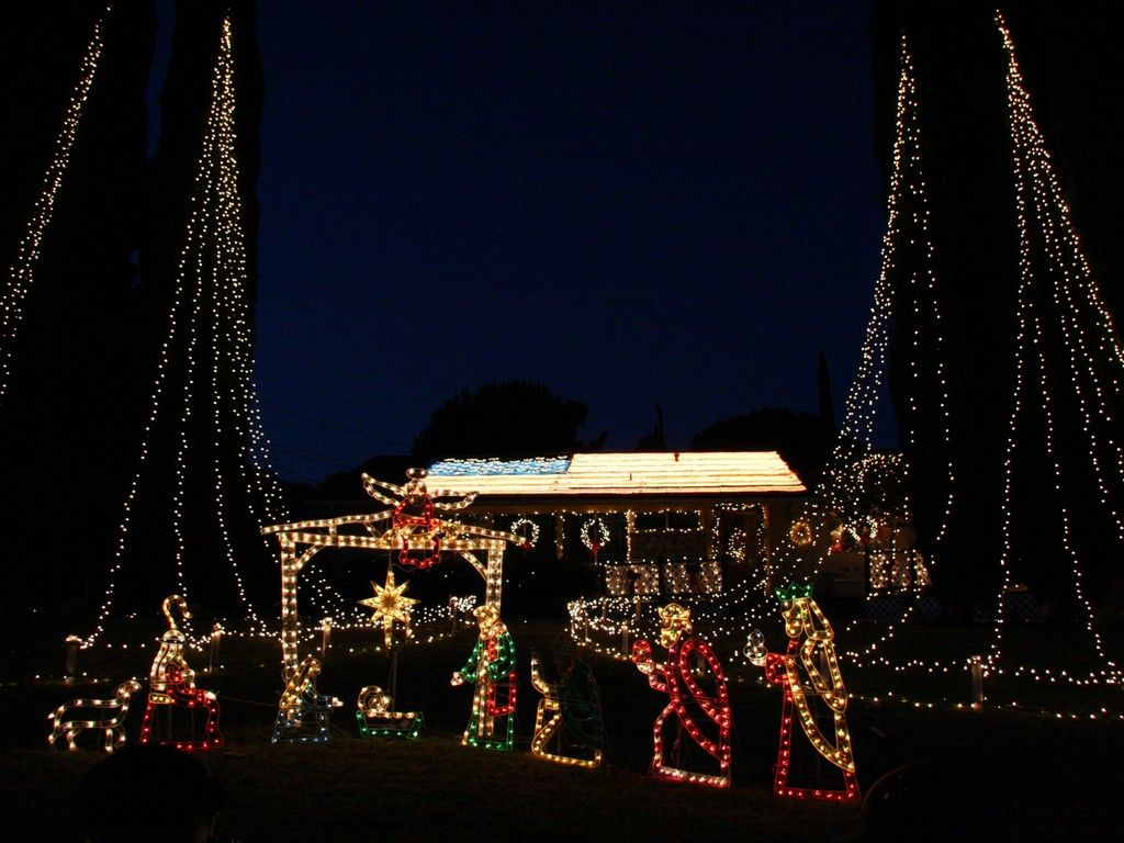 and god said let there be lights 12 distinctly christian christmas lights christian funny pictures a time to laugh