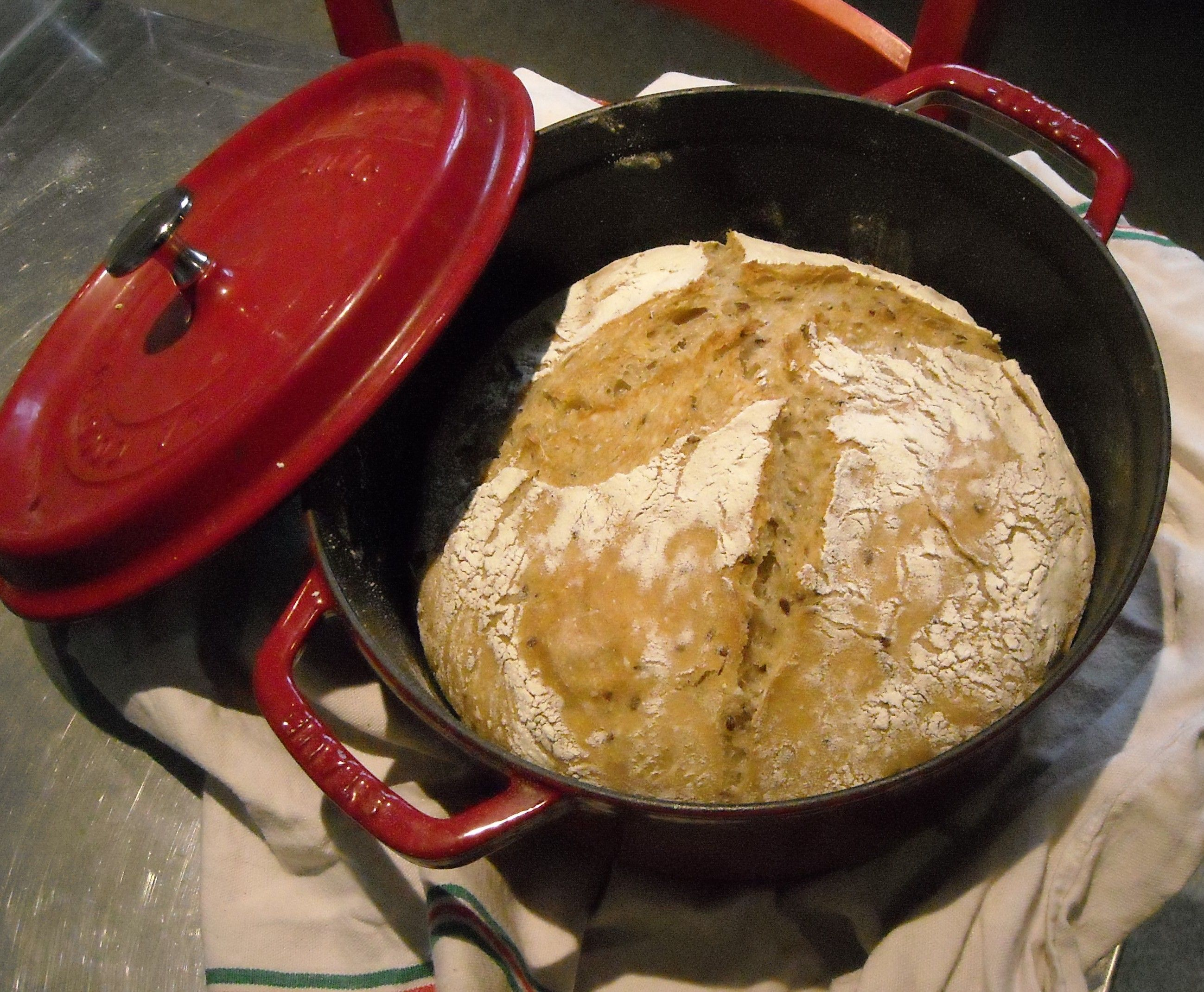 Par Anne10doigts dans Recettes pains le 28 Février 2014 à 14:41 Encore une recette que je voulais tester depuis longtemps !!! Je vous mets juste les photos de mon 1er essai... Franchement : ...