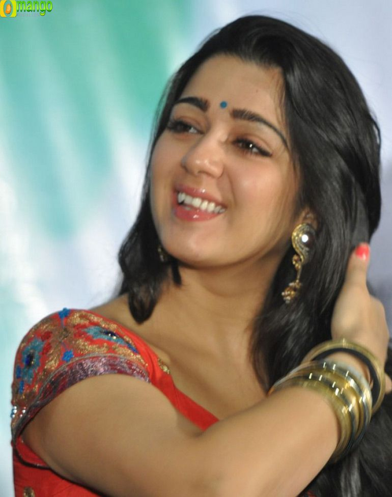charmi laest images - Yahoo India Image Search results