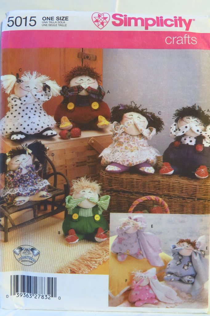 Simplicity 5015 Decorative Dolls in Two Sizes