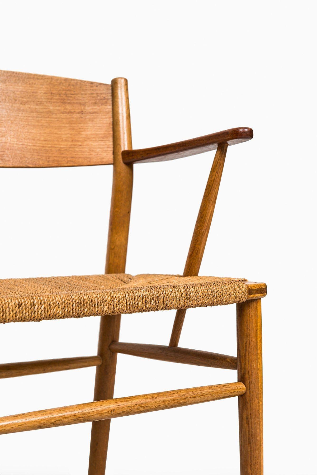 Herman Miller Chair Size C Chairshangfromceiling Girlsdeskchair